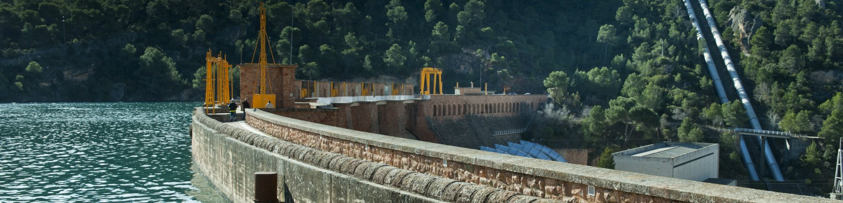 centra-hidroelectrica-bolarque-3