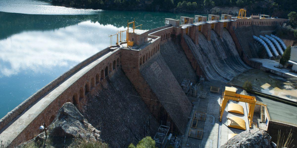 central-hidroelectrica-bolarque