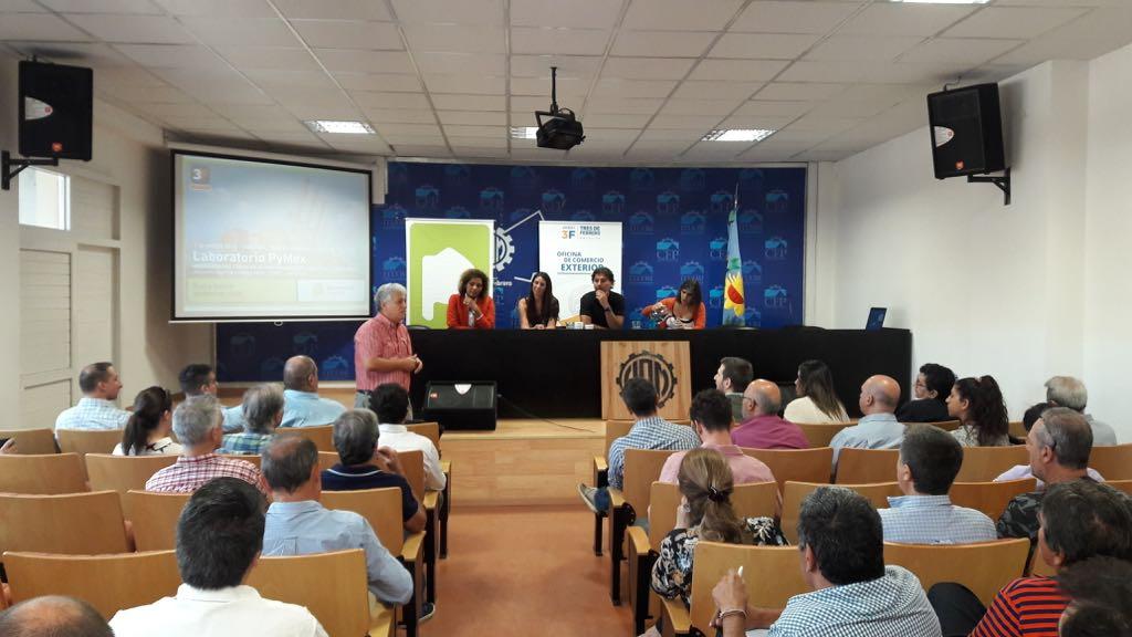 """La Fundación Gas Natural Fenosa realizó el seminario """"Herramientas públicas de financiamiento"""" en el partido de Tres de Febrero"""