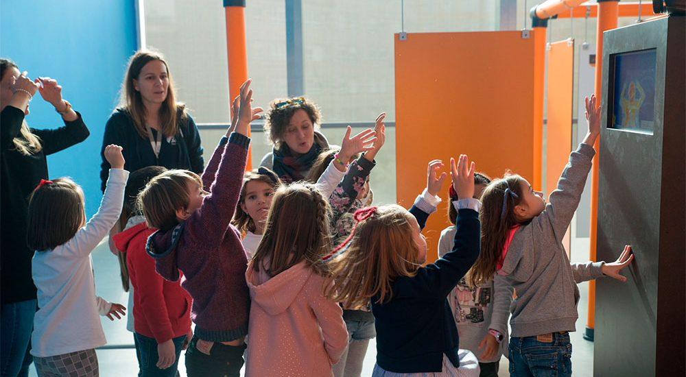 Exposición Juegas Pensamos en Energía Muncyt A Coruña