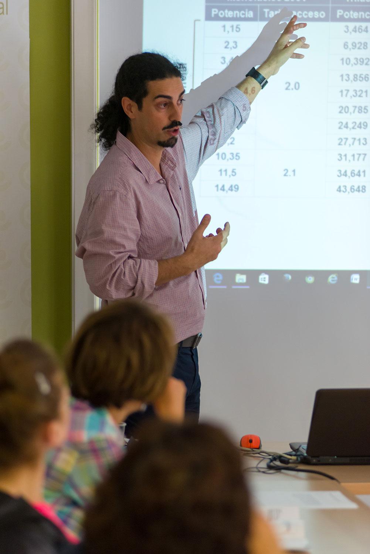 Formador-Escola-Energia-Fundació-Naturgy
